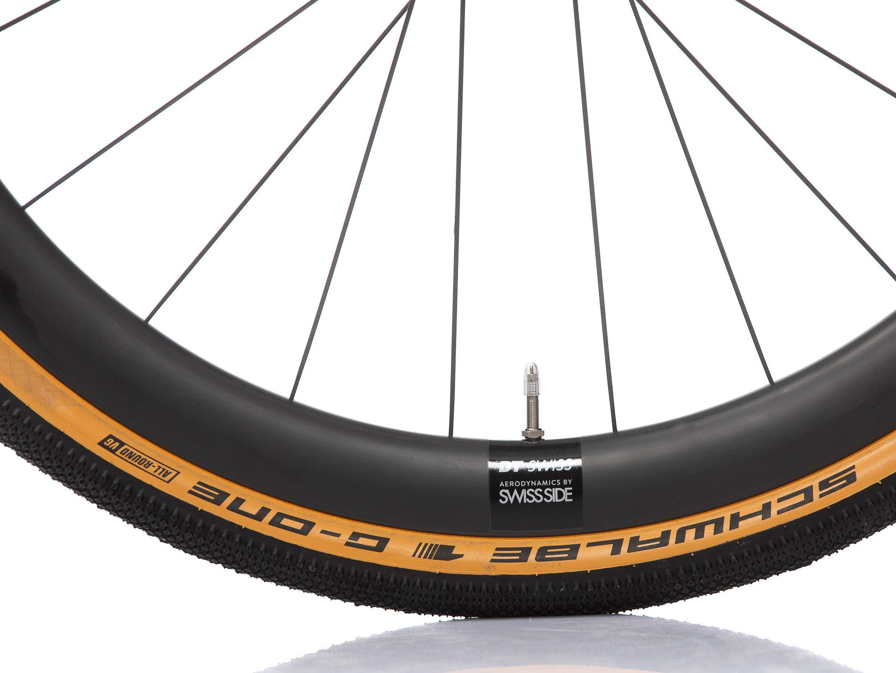 DT Swiss GRC 1400-42 with Schwalbe G-One Allround in size 40-622