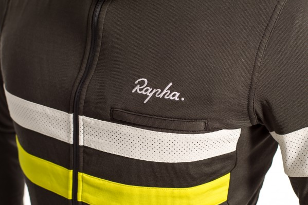 Designed specifically for rides in low light, the jersey has two high-visibility stripes around the chest, one in chartreuse, another in a perforated white Schoeller fabric.