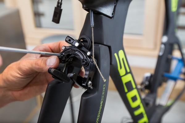 Scott's high-performance brake caliper follows Shimano's direct-mount standard.