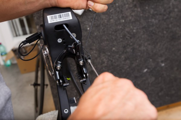 ... then tighten the fixing bolt according to Shimano's instructions.