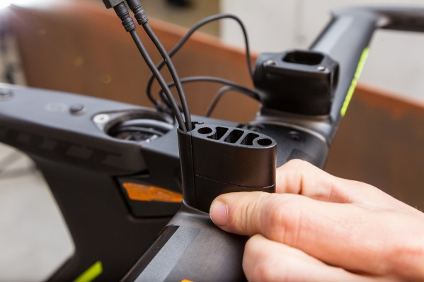 ... that provides easy access to the internal channel where the electronic shifting cables are routed.